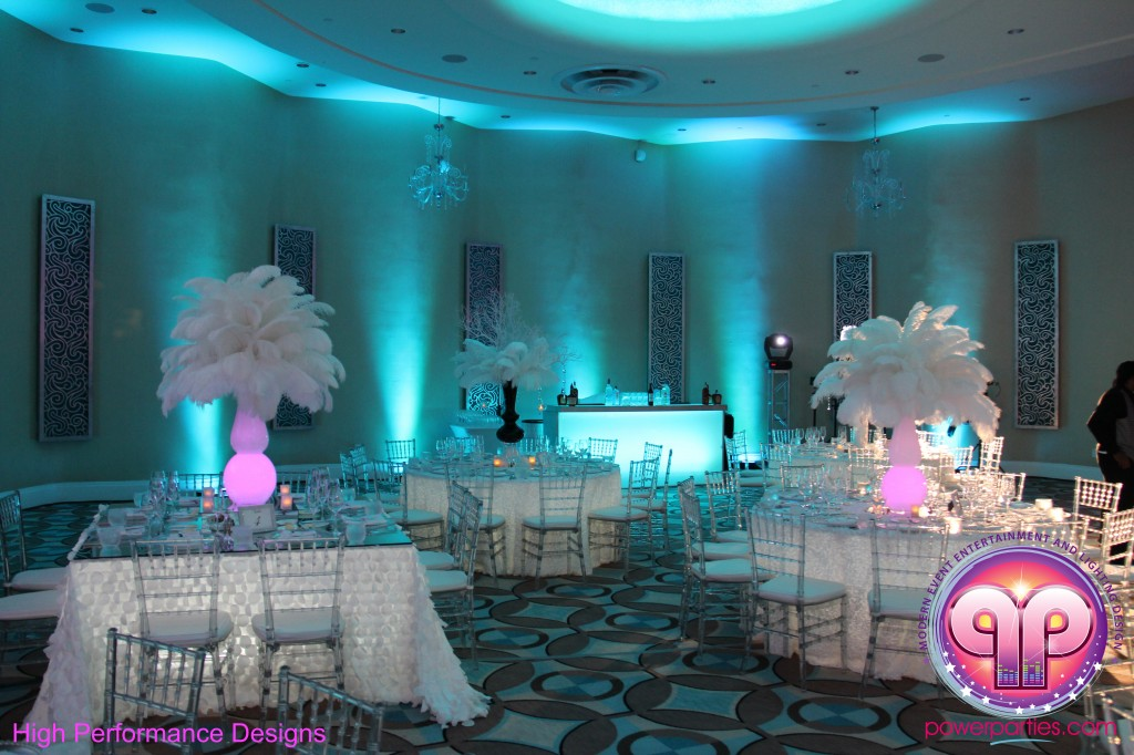 Miami-DJ-Quince-Stages-Power-Parties-Fontainebleau-Miami-Beach-Angelica-Quince stage-Decor-Photo-Booth-20140724_ (12)