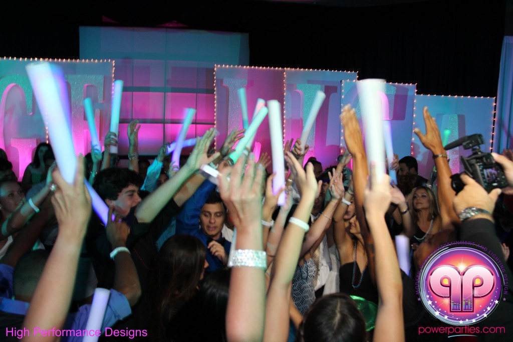 Miami-DJ-Quince-Stages-Power-Parties-Fontainebleau-Miami-Beach-Angelica-Quince stage-Decor-Photo-Booth-20140724_ (29)