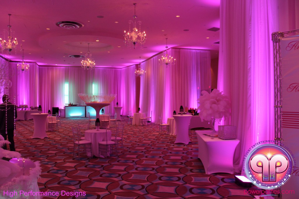 Miami-DJ-Quince-Stages-Power-Parties-Fontainebleau-Miami-Beach-Angelica-Quince stage-Decor-Photo-Booth-20140724_ (8)