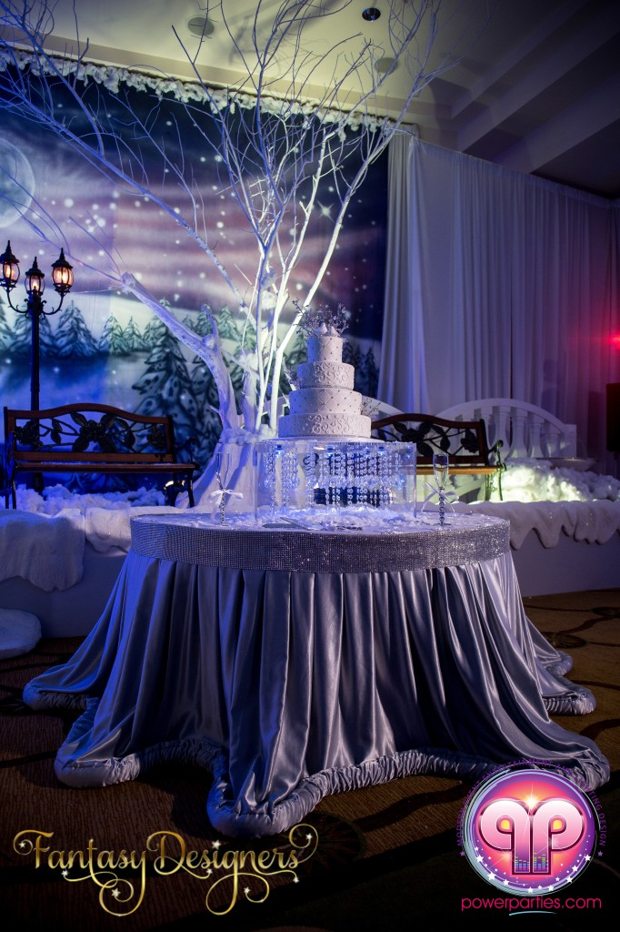 Miami-DJ-VIP Quince-quinces-party-fantasy-designers-power-parties-south-florida-20140907_ (2)
