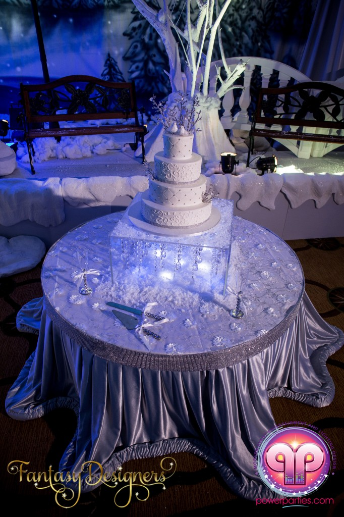 Miami-DJ-VIP Quince-quinces-party-fantasy-designers-power-parties-south-florida-20140907_ (3)