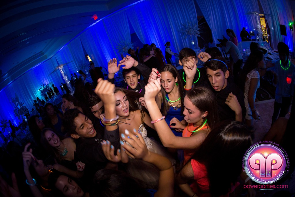 Miami-DJ-VIP Quince-quinces-party-power-parties-south-florida-20140907_ (16)