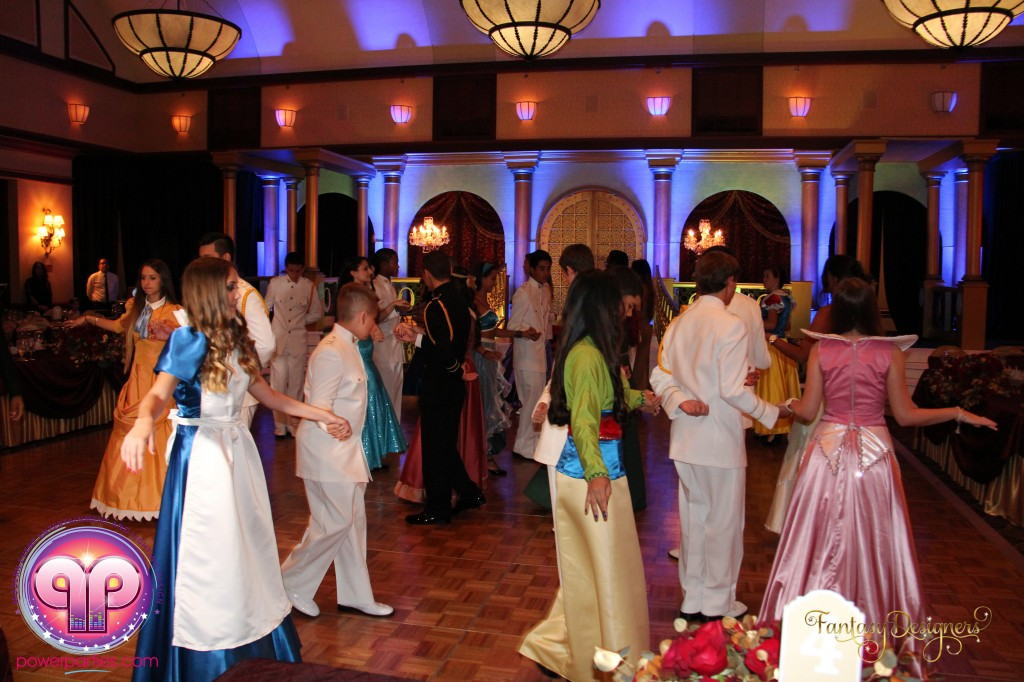 Miami-DJ-VIP Quince-quinces-power-parties-south-florida-disney-best miami dj-quince stage-20140929_ (17)