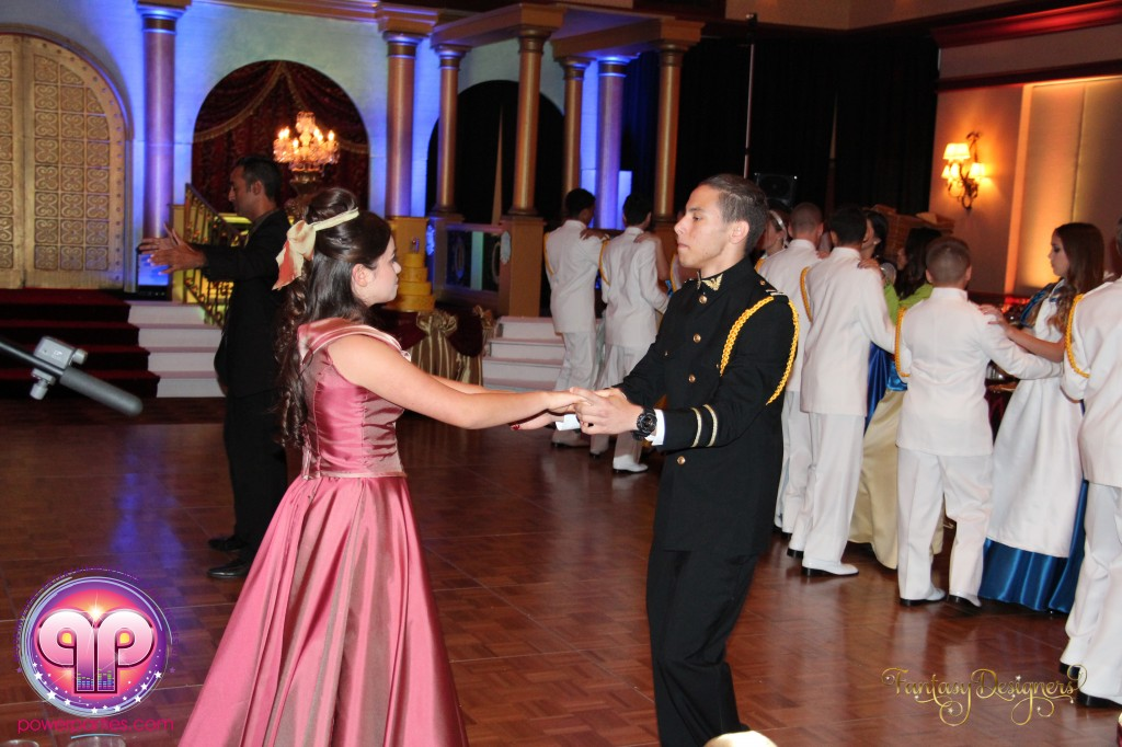 Miami-DJ-VIP Quince-quinces-power-parties-south-florida-disney-best miami dj-quince stage-20140929_ (34)