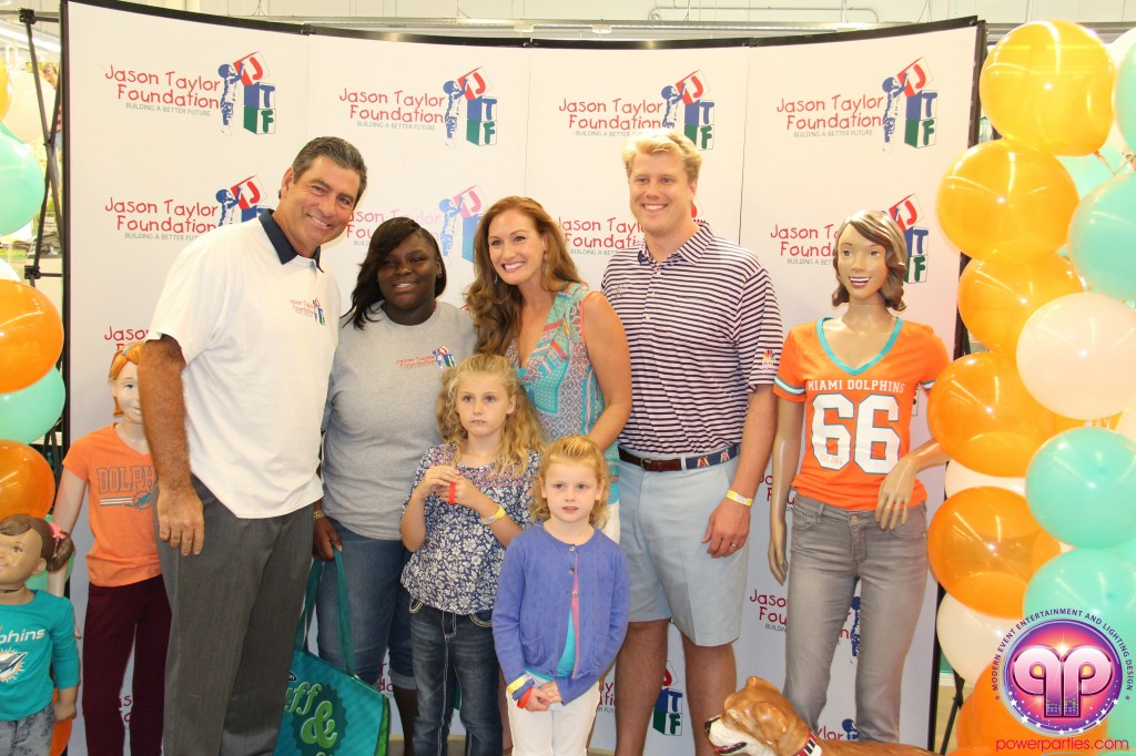 jason_taylor_miami_dolphins_foundation_old_navy_dj_laz_hits_973_power_parties_20140901_ (21)