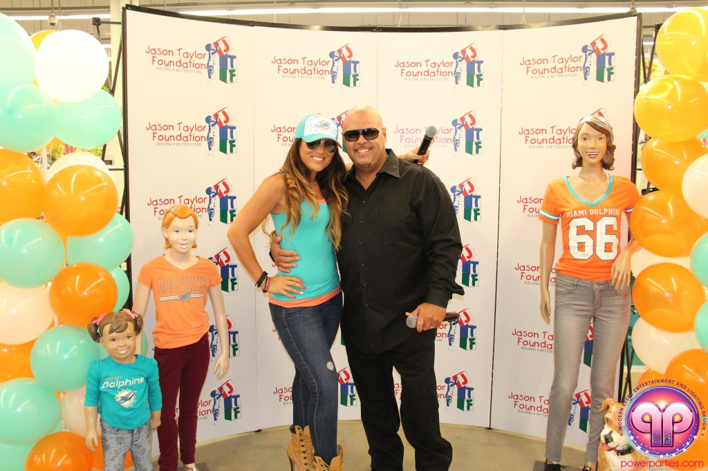 jason_taylor_miami_dolphins_foundation_old_navy_dj_laz_hits_973_power_parties_20140901_ (4)