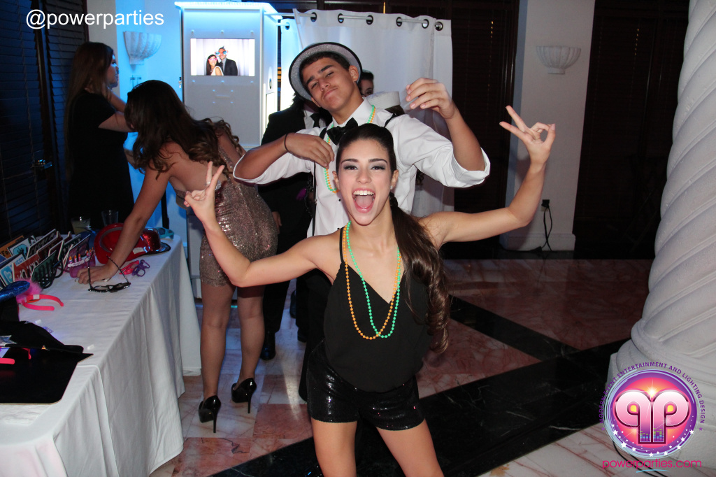 Best-miami-dj-nicoles-sweet-16-power-parties-westin-collonade-lopez-falcon-high-performance-design-i-video-creations-20141027_ (102)