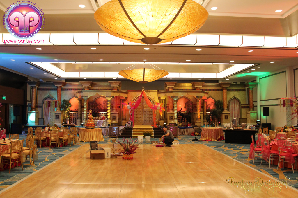 Miami-quince-dj-power-parties-stage-calderin-fantasy-designers-camel-morrocan-lighting-quinces-20141117_ (3)