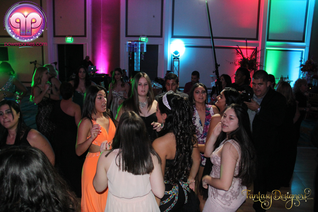 Miami-quince-dj-power-parties-stage-calderin-fantasy-designers-camel-morrocan-lighting-quinces-20141117_ (38)