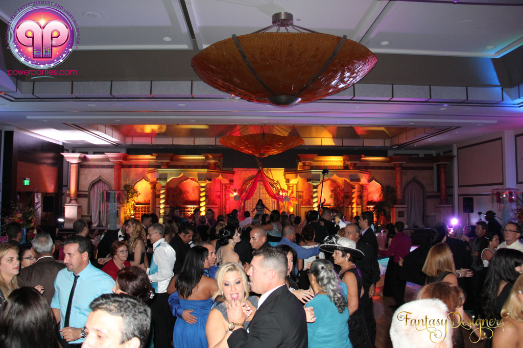 Miami-quince-dj-power-parties-stage-calderin-fantasy-designers-camel-morrocan-lighting-quinces-20141117_ (59)