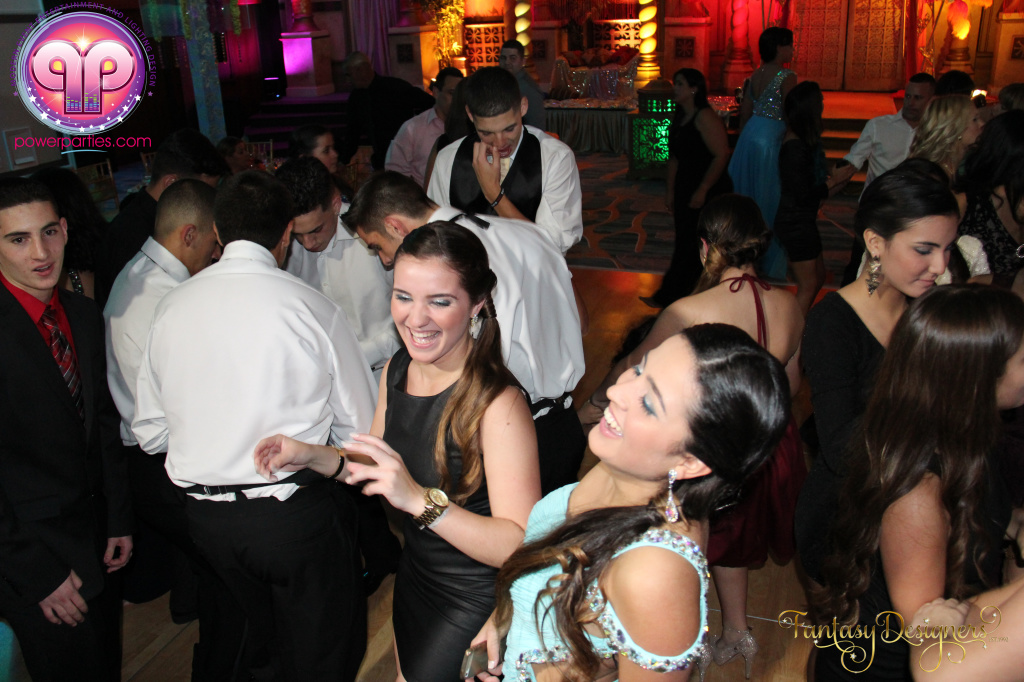 Miami-quince-dj-power-parties-stage-calderin-fantasy-designers-camel-morrocan-lighting-quinces-20141117_ (71)