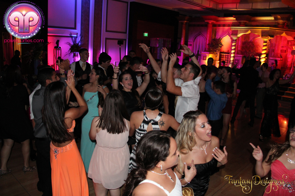 Miami-quince-dj-power-parties-stage-calderin-fantasy-designers-camel-morrocan-lighting-quinces-20141117_ (80)