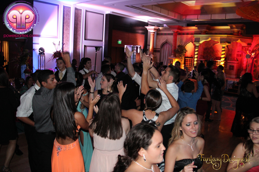Miami-quince-dj-power-parties-stage-calderin-fantasy-designers-camel-morrocan-lighting-quinces-20141117_ (81)