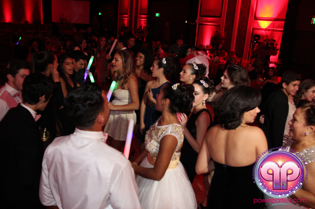 best-dj-quince-wedding-miami-airport-hilton-power-parties-dj-lighting-south-florida-stage-fantasy-designers-20141129_ (37)