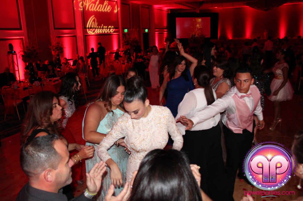 best-dj-quince-wedding-miami-airport-hilton-power-parties-dj-lighting-south-florida-stage-fantasy-designers-20141129_ (42)