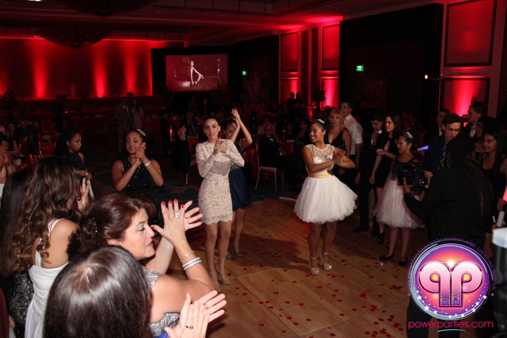 best-dj-quince-wedding-miami-airport-hilton-power-parties-dj-lighting-south-florida-stage-fantasy-designers-20141129_ (47)