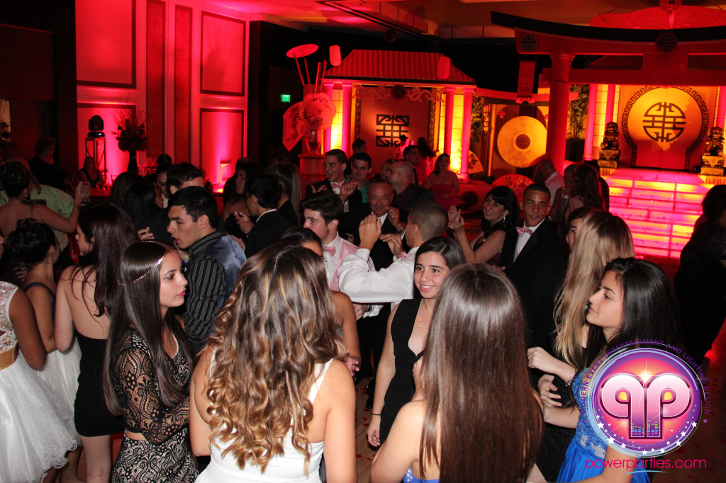 best-dj-quince-wedding-miami-airport-hilton-power-parties-dj-lighting-south-florida-stage-fantasy-designers-20141129_ (68)
