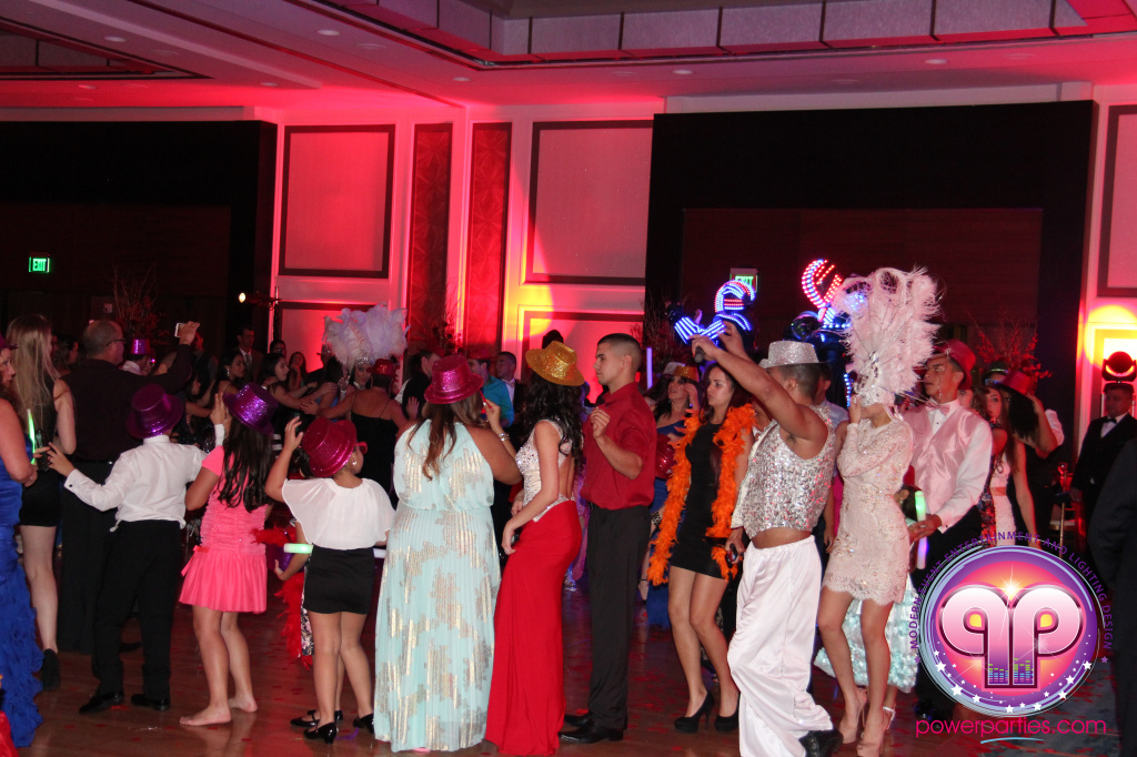 best-dj-quince-wedding-miami-airport-hilton-power-parties-dj-lighting-south-florida-stage-fantasy-designers-20141129_ (69)