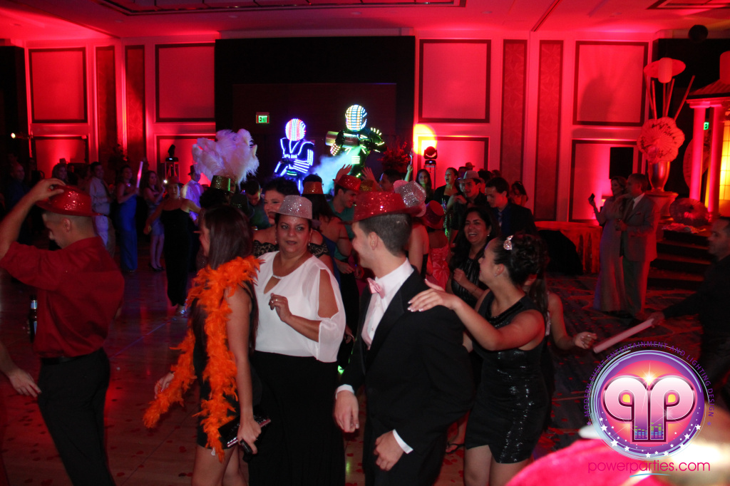 best-dj-quince-wedding-miami-airport-hilton-power-parties-dj-lighting-south-florida-stage-fantasy-designers-20141129_ (70)