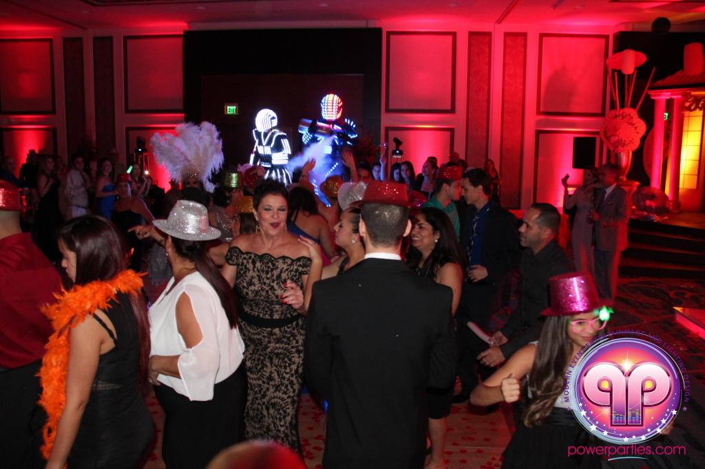 best-dj-quince-wedding-miami-airport-hilton-power-parties-dj-lighting-south-florida-stage-fantasy-designers-20141129_ (71)