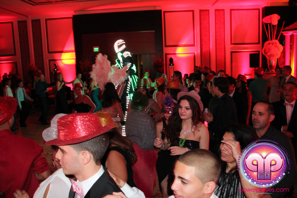 best-dj-quince-wedding-miami-airport-hilton-power-parties-dj-lighting-south-florida-stage-fantasy-designers-20141129_ (74)