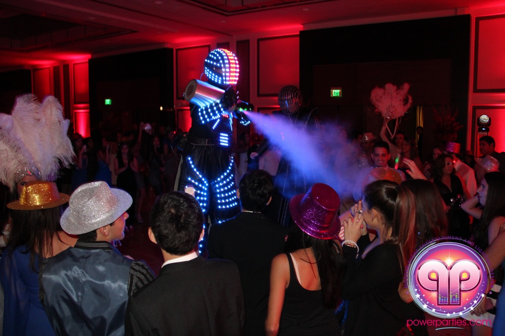 best-dj-quince-wedding-miami-airport-hilton-power-parties-dj-lighting-south-florida-stage-fantasy-designers-20141129_ (79)