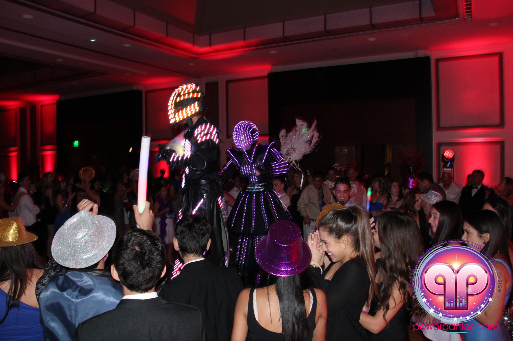 best-dj-quince-wedding-miami-airport-hilton-power-parties-dj-lighting-south-florida-stage-fantasy-designers-20141129_ (80)