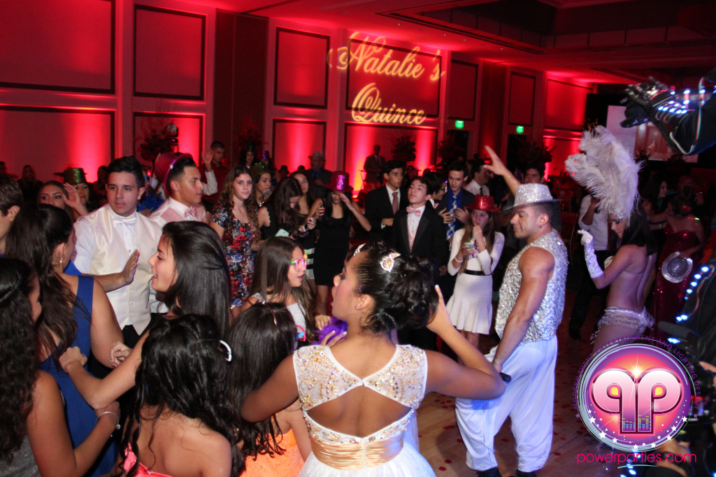 best-dj-quince-wedding-miami-airport-hilton-power-parties-dj-lighting-south-florida-stage-fantasy-designers-20141129_ (91)