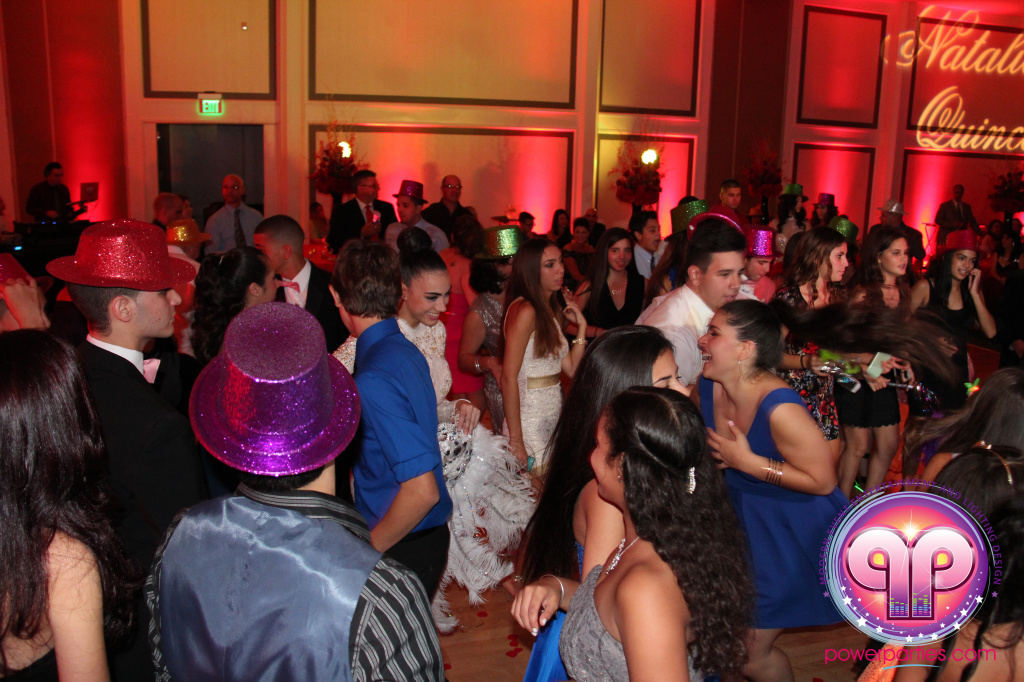 best-dj-quince-wedding-miami-airport-hilton-power-parties-dj-lighting-south-florida-stage-fantasy-designers-20141129_ (93)