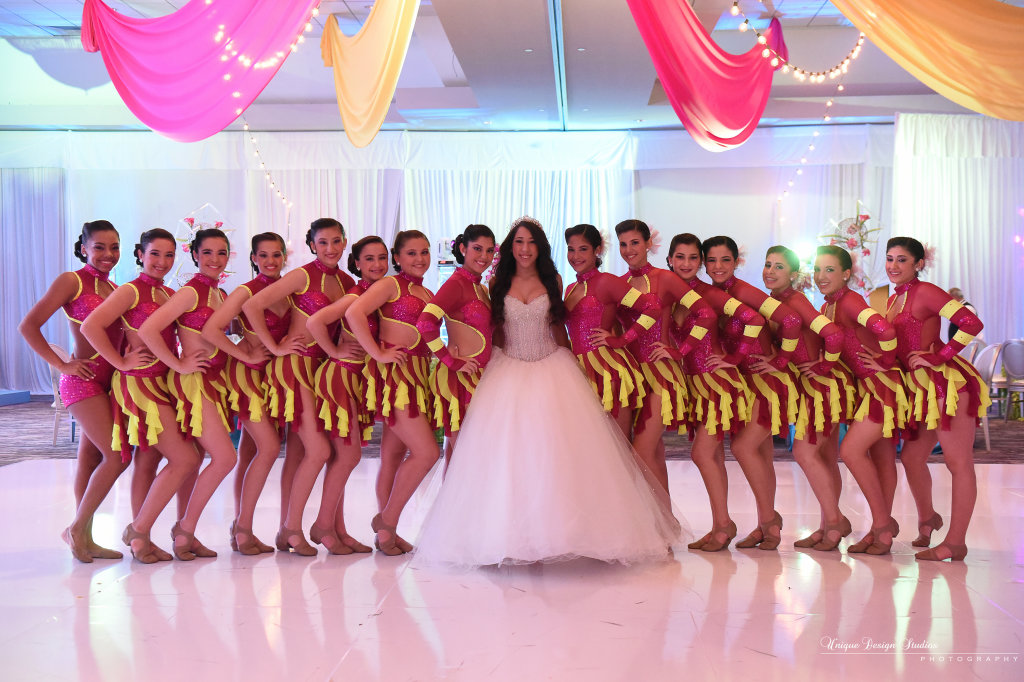 uds-cirque-du-sasu-jungle-island-sammy-suarez-quince-power-parties-sari-sosa-events-20150124_f_3.5 (3)