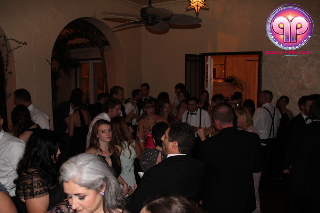 villa-woodbine-wedding-coconut-grove-miami-florida-alex-recio-power-parties-20150127_ (7)