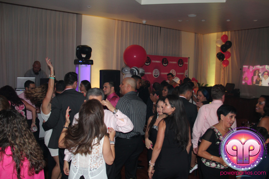 Miami-DJ Laz-Quince-Dj-Wedding-Power-Parties-South-Florida-20150530_f_4.0 (29)