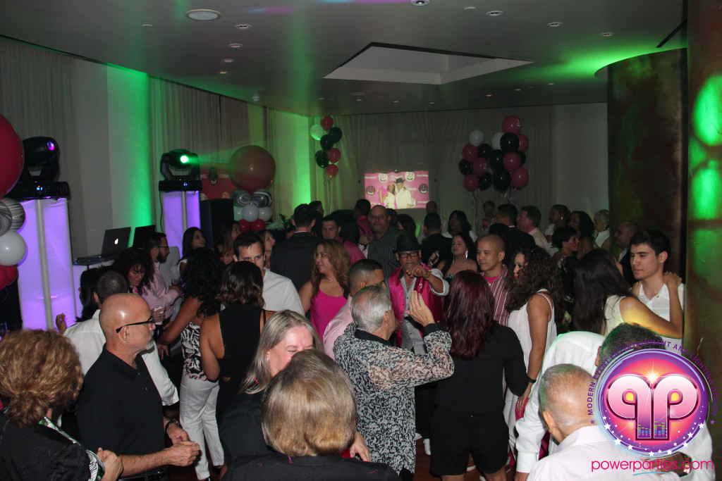 Miami-DJ Laz-Quince-Dj-Wedding-Power-Parties-South-Florida-20150530_f_4.0 (31)