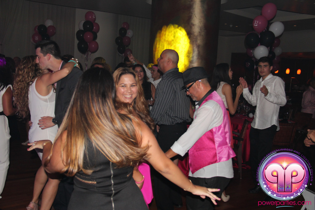 Miami-DJ Laz-Quince-Dj-Wedding-Power-Parties-South-Florida-20150530_f_4.0 (46)